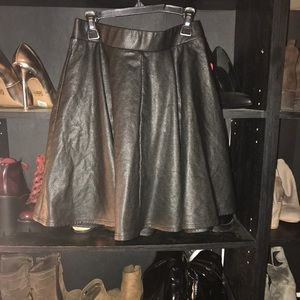 Top shop leather skirt